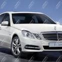 Автомобиль бизнес-класса Mercedes Benz E 212