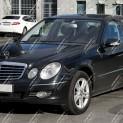 Автомобиль бизнес-класса Mercedes-Benz E 211